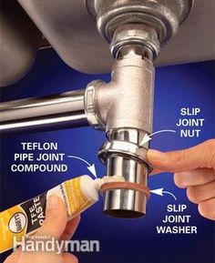 The best time to fix a plumbing leak is before it happens, by properly connecting water supply and waste line fittings. Learn the tricks that pros use to make leakproof connections. By the DIY experts of The Family Handyman Magazine Pex Plumbing, Bathroom Plumbing, Plumbing Fixtures, Bathroom Fixtures, Plumbing Problems, Home Fix, Diy Home Repair, Home Repairs, Home Improvement Projects