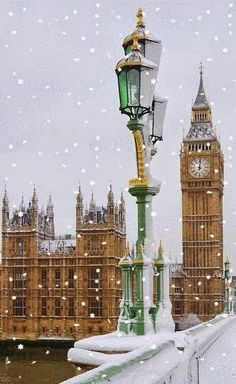 Big Ben in The Snow Westminster Abbey London http://favoritephotoz.blogspot.com/