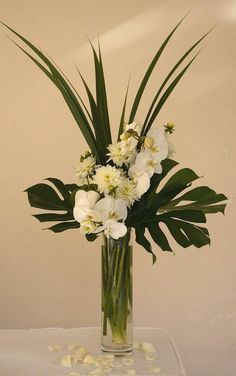 Tropical Flower Arrangements, Artificial Floral Arrangements, Church Flower Arrangements, Vase Arrangements, Flower Centerpieces, Flower Decorations, Wedding Centerpieces, Creative Flower Arrangements, Altar Flowers