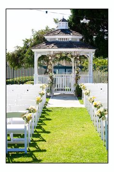 Newland Barn Wedding: Ceremony  www.joyfulweddingsandevents.com