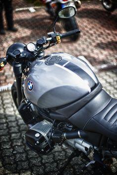 Hallo liebe Motorradfreunde,  hier findet Ihr die ersten Bilder vom Tag des Donners 2012.  Wir freuen uns auf euer Feedback - euer Timo