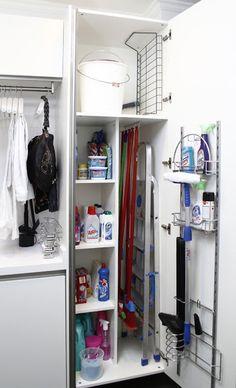 armario productos limpieza