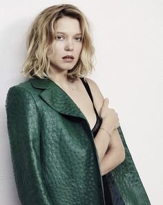 Spectre' star Lea Seydoux lands on the November 2015 cover of GQ Italy, going risqué in a sheer Valentino dress. Inside the magazine, Lea poses for Eric… Gq, Oval Face Hairstyles, Summer Hairstyles, Lauren Hutton, Lea Seydoux Adele, Blue Is The Warmest Colour, Actrices Sexy, Pose, Sheer Beauty