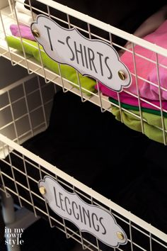 Clothes closet labeling system on a budget