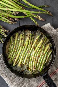 Parsagratiini Grill Pan, Asparagus, Grilling, Vegetables, Kitchen, Food, Griddle Pan, Studs, Cooking
