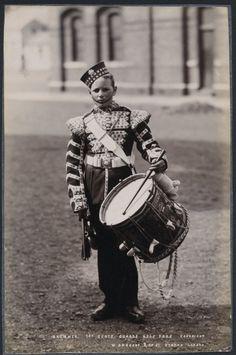1890's PHOTO - BRITISH ARMY REGIMENT DRUMMER 1ST SCOTS GUARD