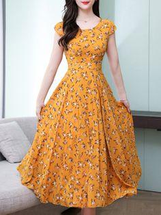 Maxi dress - Round Neck Floral Printed Maxi Dress nicolemove com – Maxi dress Cheap Maxi Dresses, Indian Gowns Dresses, Plus Size Maxi Dresses, Modest Dresses, Cute Dresses, Casual Dresses, Summer Dresses, Awesome Dresses, Elegant Dresses