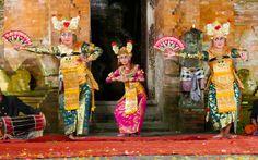 Balinesischer Tanz © Gudrun Krinzinger Best Of Bali, Gudrun, Painting, Art, Last Minute Vacation, Bali Holiday Deals, Exotic, Art Background, Painting Art