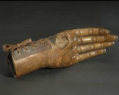 Articulated (jointed) wooden hand, 19th century, The Smithsonian Institution