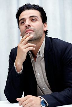 "Oscar Isaac at a press conference for ""Star Wars: The Force Awakens"" on December 4, 2015, Los Angeles, California"