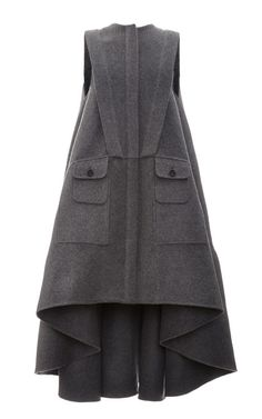 Grey Sleeveless Virgin Wool Coat by Antonio Berardi for Preorder on Moda Operandi Hijab Fashion, Fashion Dresses, Modelos Fashion, Antonio Berardi, Fashion Details, Fashion Design, Mode Hijab, Wool Coat, Mantel