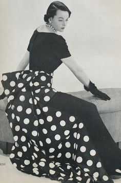 Dividing Vintage Moments : Vogue 1949 Ready for Part II?
