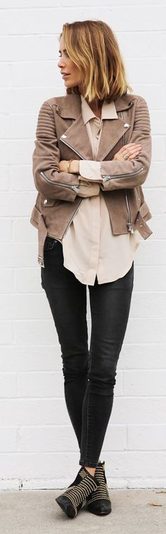 Anine's World Simple Pre Fall Outfit Idea