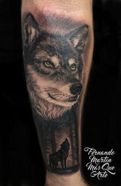 FERNANDO MARTIN TATTOO (Mas que arte Valladolid) Realismo de lobo en antebrazo masculino. Wolf, Forest, Male tattoo.