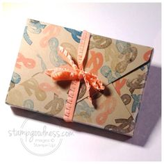 SU tutorial on how to make a gift box for cards using the Envelope Punch board.
