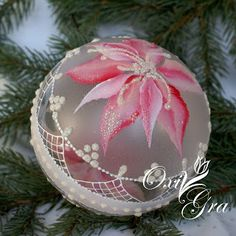 poinsettia on frosted ball w lace Pink Christmas Ornaments, Ball Ornaments, Christmas Balls, Christmas Tree Decorations, Christmas Crafts, Shabby Chic Christmas, Handmade Christmas, Lace Painting, Hand Painted Ornaments