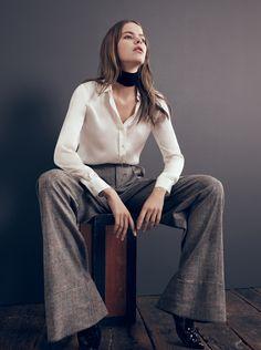 Όταν αγοράζω κάτι καινούριο το επιλέγω με βασικό κριτήριο να μπορώ να το συνδυάσω με πολλά και διαφορετικά ρούχα και να δημιουργώ κάθε μέρα ένα διαφορετικό στυλ. Το φαρδύ υφασμάτινο παντελόνι με λ...