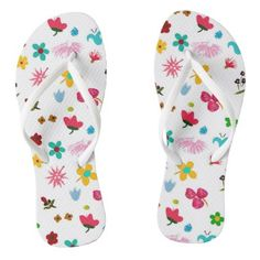 Shop Adult Flip Flops Floral, Fun Pattern created by PatternRoad. Girls Flip Flops, Curvy Girl Fashion, Cool Patterns, Flipping, Flip Flop Sandals, Me Too Shoes, Pairs, Pretty, Floral