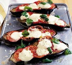 Aubergine melts - dinner tonight, low calories and quick to-do, love a veggie dish every now and then!