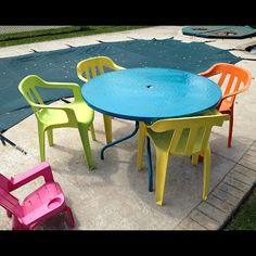 painting plastic and glass patio furniture