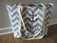 Monogrammed Large Beach Bag  Gray Chevron Beach por OohBabyInfinity, $50,99