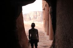 Visiting the Lost City of Petra in Jordan // #middleeast #travel