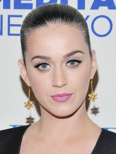 KATY PERRY Gorgeous @ Change Begins Within Lynch Foundation Benefit Concert..!!!