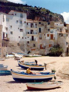 Beautiful Cefalu, Sicily - For our full travel slide show, go to cruisesuz.com - Happy cruising, Susan