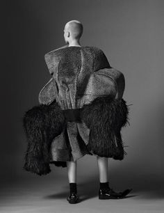 Incredible Fashion Creations by Rei Kawakubo – Fubiz Media