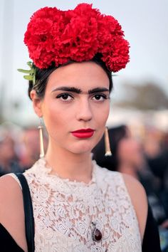 Frida Kahlo Halloween Costume