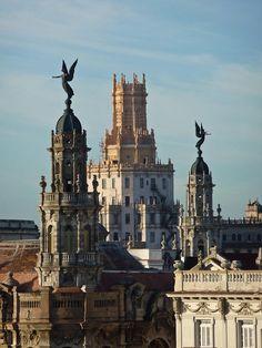 Torreones y ángeles del Gran Teatro de La Habana