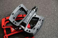First Look: Anvil Components Expands Lineup with Carbon Handlebars and Composite Pedals