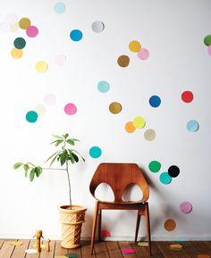 Here's 8 Ideas To Decorate Your Uni Halls Room: Confetti Walls