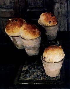 warm panettone in ceramic pots