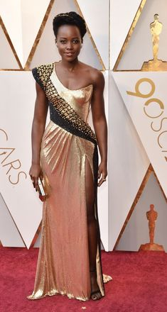 ATELIER VERSACE Red Carpet Look on LUPITA NYONG'O at the OSCARS 90TH ANNUAL ACADEMY AWARDS