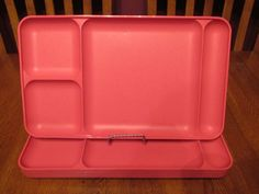 Excellent Set Of Four Tupperware Vivid Pink Divided Trays