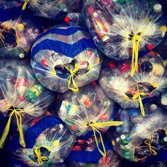 Monday trash Wreaths, Fish, Halloween, Pets, Animals, Home Decor, Animais, Homemade Home Decor, Animales