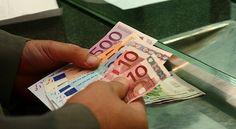 Guvernul vrea sa stimuleze consumul prin reducerea cu pana la 350 de lei a impozitului la persoanele cu venituri sub medie care obtin de la banca restructurarea creditelor, dar numai in conditii stabi