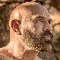 Bald Men With Beards, Bald With Beard, Hairy Men, Bearded Men, Shaved Head With Beard, Shaved Heads, Stevie Nicks Young, Beard Images, Beard Barber