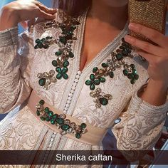 Morrocan Dress, Moroccan Caftan, Hijab Fashion, Fashion Dresses, Arabic Dress, Western Gown, Mode Abaya, Couture Embroidery, Caftan Dress