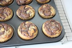Queques de Nutella Muffin Tin Recipes, Muffin Tins, Food Cakes, Cupcakes Nutella, Chocolate, Coco, Cake Recipes, Portugal, Breakfast