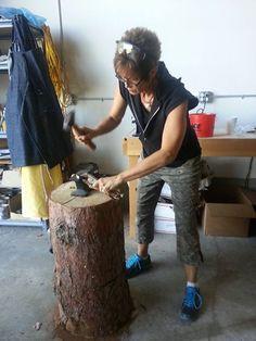 Maggie Fromme Bowman hard at work during the Mokume Gane workshop taught by Eric Burris. Metal Jewelry, Metal Art, Portland, Workshop, Bronze, Creative, Atelier, Work Shop Garage, Metal Yard Art
