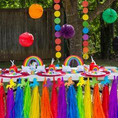 Hazel's Rainbow Unicorn Birthday Party! Lots of simple ideas for a rainbow unicorn birthday pool party! Rainbow First Birthday, Colorful Birthday Party, Rainbow Unicorn Party, Trolls Birthday Party, Unicorn Birthday Parties, 5th Birthday, Hippie Birthday Party, Rainbow Theme, Colorful Party