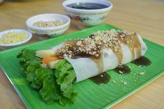 Fresh Lumpia!  RECIPE: http://www.filipinofoodsrecipes.com/2009/12/fresh-lumpia-lumpiang-sariwa.html