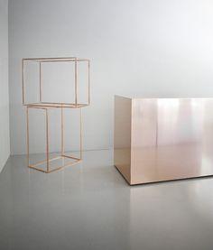 Copper + White / Interior * Minimalism by LEUCHTEND GRAU http://www.leuchtend-grau.de/2013/11/minimalistisch.html
