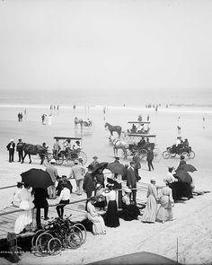 U.S. Bathing hour on the beach, Daytona Beach c. 1904.