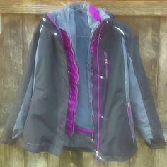 FREE COUNTRY Radiance 3-in-1 systems jacket One jacket 3 ways to wear it!wear the color block outer jacket, or butter-pile lined inner fuschia colored jacket separately or pair them together to reach your ideal comfort level! Great jacket. Inner lining super soft plush like! Practically new! Worn once! * outer jacket has detachable hood, zip front, 1 chest & 2 lower pockets and is polyester *inner jacket has stand collar, 2 on seam side pockets, nylon shell, butter- pile lining and is…