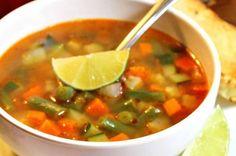 sopa de verduras mexicana Sopa de Verduras Mexicana, fácil y deliciosa Este es un plato simple, fácil y muy versátil #verduras #sopa #receta