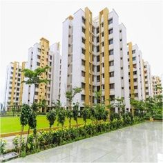 Find 1/2/3/4 BHK Properties in Top Localities. We have over 500 new residential projects in Noida. Explore Now at http://www.landlinker.in/ !!