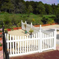 uPVC picket fence styles are durable yet elegant. This maintenance free upvc fence is impervious to weather and it will not chip, fade, crack or rot.